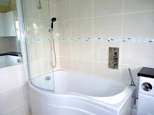 fittedbathroombathandshower.jpg