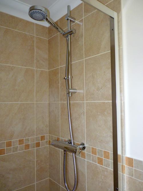 new-shower-ensuite