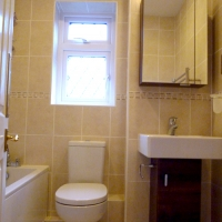 a-fitted-bathroom-2