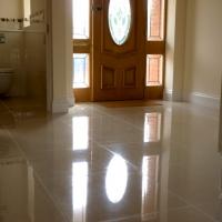 modernisation-tiling-and-toilet