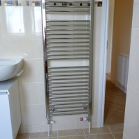 new-fitted-towel-radiaor