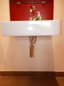 ensuite wash basin 2